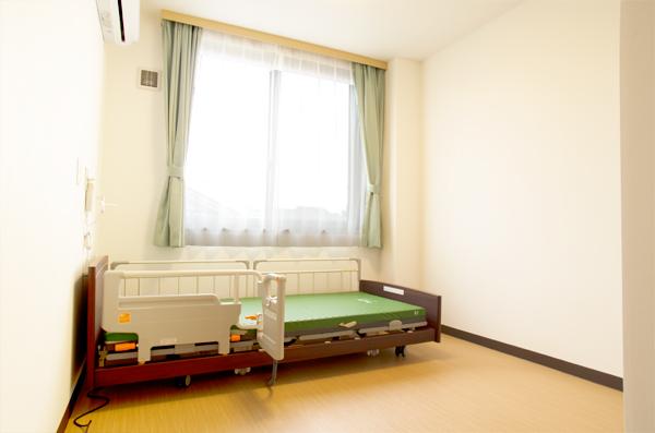 4居室ベッド